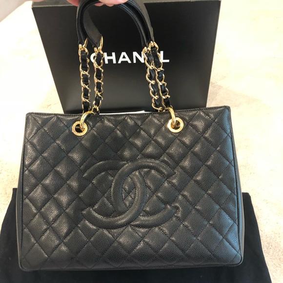 ce9d18fd0cda CHANEL Handbags - Authentic CHANEL GST caviar gold hardware
